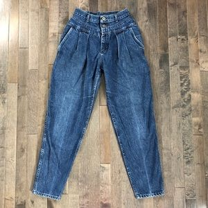 Lee Jeans - Vintage Lee Union Made high waist jeans!!!